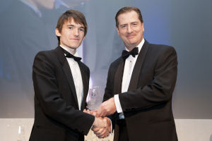 Dyfan receiving the best Chemical Engineering Student award