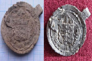 The  bale seals before and after restoration