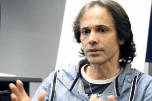 Dr Ricardo Climent