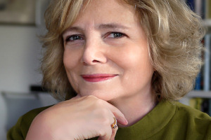 Dr Frances Pinter