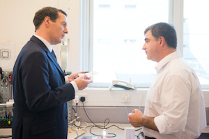 Sir Kostya showing George Osborne the graphene labs