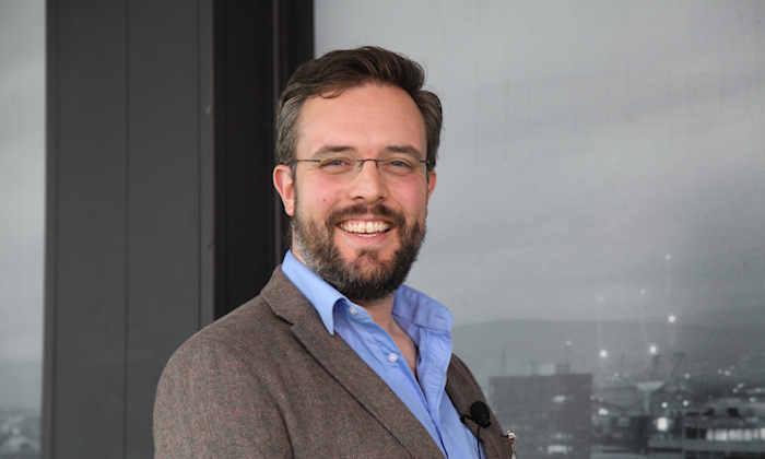 Dr Simon Clark