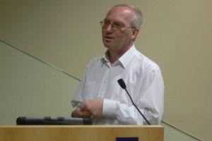 Professor Tony Whetton has been awarded £1.6m by Leukamia Research